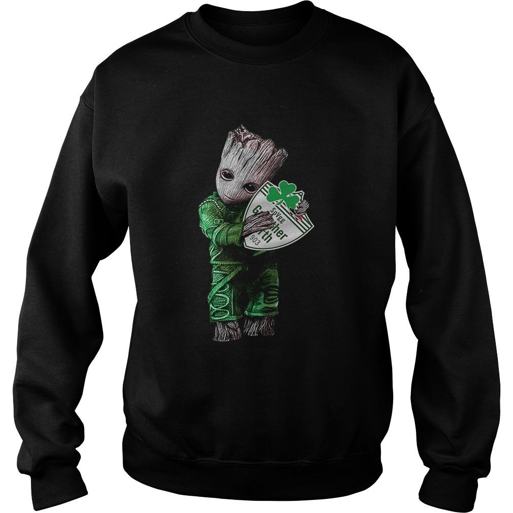 Baby Groot hug SpVgg Greuther Frth  Sweatshirt